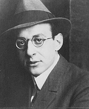 """Author photo. Friedrich Salomon (Fritz) Perls (1893 – 1970) circa 1923 (Uncredited photograph from Wikipedia. Source: <a href=""""http://gestaltnsk1.narod.ru/photos.htm"""" rel=""""nofollow"""" target=""""_top"""">http://gestaltnsk1.narod.ru/photos.htm</a>)"""