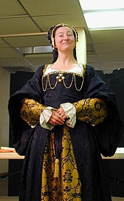 Author photo. Jane Malcolm-Davies, at the Tudor Tailor presentation, Vallejo, CA, 7/9/2007