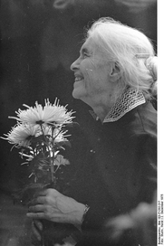 Author photo. Photo by Horst Sturm.  (Deutsches Bundesarchiv Bild 183-P1202-317)