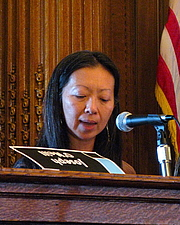 "Author photo. Fae Myenne Ng Brooklyn Book Festival Borough Hall By annulla from Brooklyn, United States - IMG_8054, CC BY-SA 2.0, <a href=""https://commons.wikimedia.org/w/index.php?curid=82841464"" rel=""nofollow"" target=""_top"">https://commons.wikimedia.org/w/index.php?curid=82841464</a>"