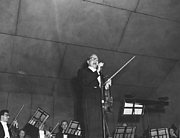Author photo. Jack Benny with his fiddle at a Kansas City Symphony fund-raiser, March 22, 1958.