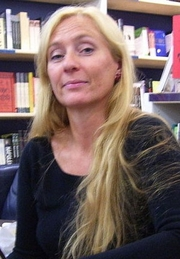 Author photo. Caro Ramsay foto by Tim Duncan