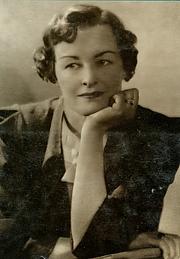Author photo. Enid Bagnold