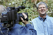 Author photo. Photo by: John Amis Walter Reeves during the taping of his gardening segment Monday Oct. 23, 2006, in Ellijay, Georgia.