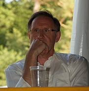 Author photo. Jos de Beus in 2007 [credit: Green Bill of Wikimedia Commons]