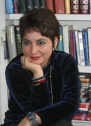 Author photo. <a href=&quot;http://www.ShaunaSinghBaldwin.com/&quot;>shaunasinghbaldwin.com</a>