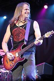 Author photo. Steve Morse live with Deep Purple in Canada 2005 [source: Nick Soveiko via Wikipedia]
