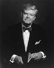Author photo. D. Allan Bromley [credit: American Institute of Physics]