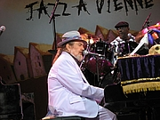 "Author photo. Photo by <a href=""http://commons.wikimedia.org/wiki/User:Wpopp"">wpopp.</a> Dr. John in concert, Jazz in Vienne, France, July 14, 2006"