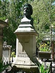 Author photo. Grave in Cimetière du Père-Lachaise, Paris, France (credit: Rama, Wikipedia user
