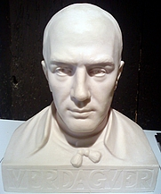 Author photo. Bust de Jacint Verdaguer per Pere Puntí i Terra conservat a la Casa Museu Verdaguer de Folgueroles