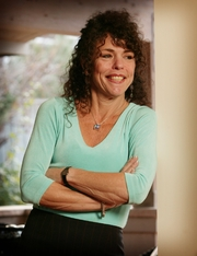 Author photo. By Michele Weiner-Davis - <a href=&quot;http://www.flickr.com/photos/divorcebusting/8128043944/&quot; rel=&quot;nofollow&quot; target=&quot;_top&quot;>http://www.flickr.com/photos/divorcebusting/8128043944/</a>, <a href=&quot;https://commons.wikimedia.org/w/index.php?curid=22453831&quot; rel=&quot;nofollow&quot; target=&quot;_top&quot;>https://commons.wikimedia.org/w/index.php?curid=22453831</a>