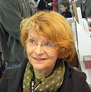 "Author photo. By Ji-Elle - Own work, CC BY-SA 3.0, <a href=""https://commons.wikimedia.org/w/index.php?curid=20081728"" rel=""nofollow"" target=""_top"">https://commons.wikimedia.org/w/index.php?curid=20081728</a>"