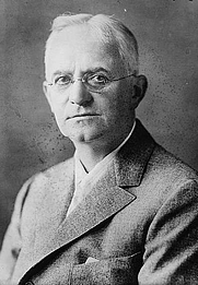 Author photo. George Eastman (1854-1932)<br>Source: George Grantham Bain Collection, <br>LoC Prints and Photographs Division<br>(LC-DIG-ggbain-29290)