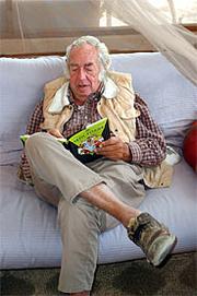 "Author photo. <a href=""http://www.blueroadrunner.com/haney.htm"" rel=""nofollow"" target=""_top"">http://www.blueroadrunner.com/haney.htm</a>"