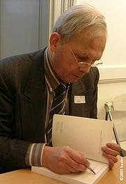 Author photo. Joost Ballegeer (1938-) photograph by bartvs, Antwerpen - Brussel, December 17th, 2005.