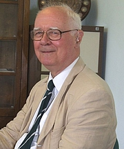 "Author photo. Photo by <a href=""http://en.wikipedia.org/wiki/User:Jack1956"">Jack1956</a>, July 2007"