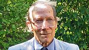 Author photo. Hart Wud