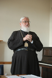 Author photo. Metropolitan Kallistos (Ware), 2005.  Photograph © Jim Forest / Flickr.