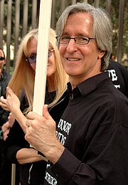 Author photo. American filmmaker and screenwriter Mick Garris during the 2007 WGA strike. By Damon D'Amato from I live in North Hollywood, Calfornia - <a href=&quot;http://www.flickr.com/photos/10629464@N08/2071180862/&quot; rel=&quot;nofollow&quot; target=&quot;_top&quot;>http://www.flickr.com/photos/10629464@N08/2071180862/</a>, CC BY 2.0, <a href=&quot;https://commons.wikimedia.org/w/index.php?curid=3187705&quot; rel=&quot;nofollow&quot; target=&quot;_top&quot;>https://commons.wikimedia.org/w/index.php?curid=3187705</a>