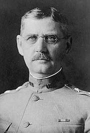 Author photo. 1918 photograph (LoC Prints and Photographs, LC-USZ62-122346)