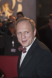 Author photo. Ulrich Tukur. Photo by Thore Siebrands.