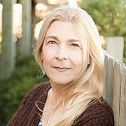 Author photo. Lisa Rogak