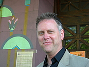 Author photo. By Joe Mabel - photo by Joe Mabel, CC BY-SA 3.0, <a href=&quot;https://commons.wikimedia.org/w/index.php?curid=866091&quot; rel=&quot;nofollow&quot; target=&quot;_top&quot;>https://commons.wikimedia.org/w/index.php?curid=866091</a>