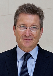 Author photo. Prof. Dr. Dr. h.c. Wolfgang Huber