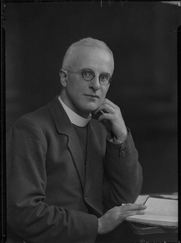 Author photo. Lafayette (Lafayette Ltd) half-plate nitrate negative, 16 March 1933, now in collection of National Portrait Gallery