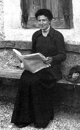 Author photo. Photograph (1911) by E.A. Newell Arber (1870-1918)