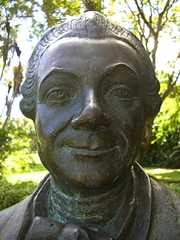 Author photo. Bust of Pierre Poivre in the Pamplemousses gardens in Mauritius.