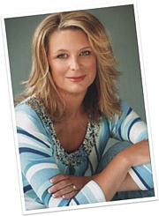 """Author photo. <a href=""""http://www.kristinhannah.com/"""" rel=""""nofollow"""" target=""""_top"""">www.kristinhannah.com/</a>"""