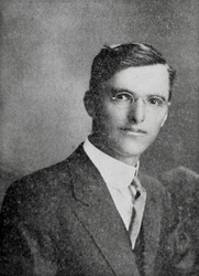 Author photo. Image from <b><i>American Bee Journal</i></b> (Sep. 1912)