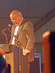 Author photo. Wilfred F. Schoeller, 2007. Photo by user dontworry / Wikimedia Commons.