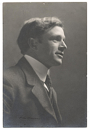 Author photo. Photographer: Oscar Maurer.  From the <a href=&quot;http://photography.si.edu/SearchImage.aspx?id=5311&quot;>Smithsonian Institution, Archives of American Art</a>, Charles Scribner's Sons Art Reference Department Records, c. 1865-1957