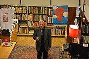 "Author photo. Carl-Göran Ekerwald på författarmöte på Rönnells antikvariat i Stockholm By Bengt Oberger - Own work, CC BY-SA 4.0, <a href=""https://commons.wikimedia.org/w/index.php?curid=37242041"" rel=""nofollow"" target=""_top"">https://commons.wikimedia.org/w/index.php?curid=37242041</a>"