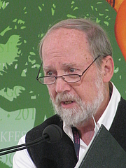 "Author photo. Stephen Dunn at the 2012 National Book Festival By Slowking4 - Own work, GFDL 1.2, <a href=""https://commons.wikimedia.org/w/index.php?curid=21582358"" rel=""nofollow"" target=""_top"">https://commons.wikimedia.org/w/index.php?curid=21582358</a>"