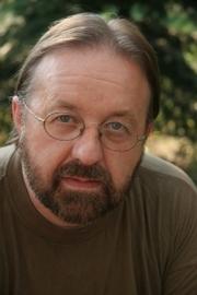 Author photo. <a href=&quot;http://jirafaroja.pl&quot; rel=&quot;nofollow&quot; target=&quot;_top&quot;>http://jirafaroja.pl</a>