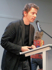 Author photo. Kim, accepting his Stripschap 2006 Album of the Year award