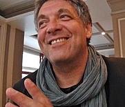 Author photo. <a href=&quot;http://www.babelio.com&quot; rel=&quot;nofollow&quot; target=&quot;_top&quot;>www.babelio.com</a>