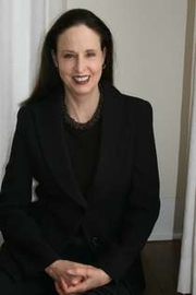 Author photo. Laurie Lisle