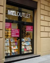 Melbookstore Bologna outlet in Bologna, Bo | LibraryThing Local
